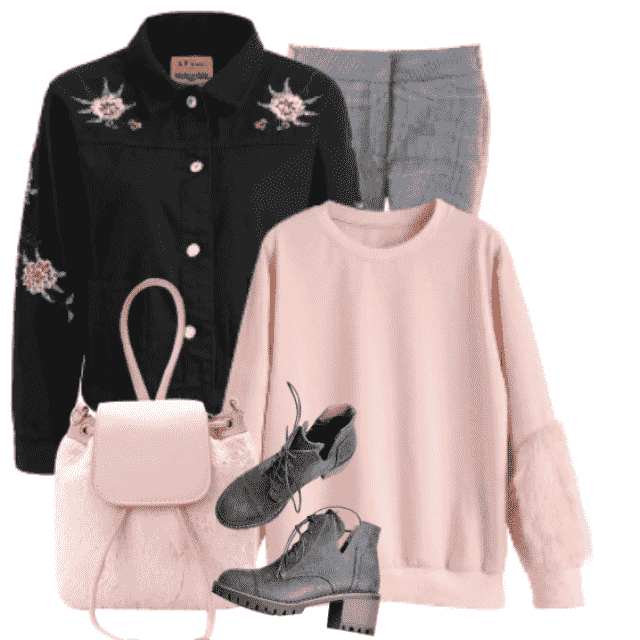 Pink and beautiful sweater with trendy details