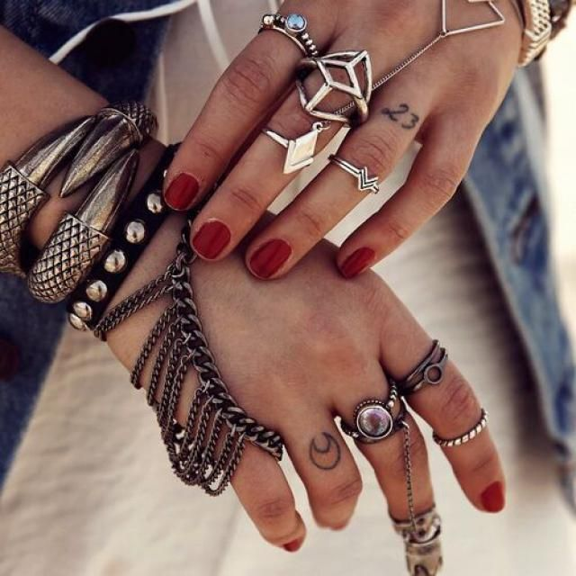 Gold and silver midi rings and other accessories. Its time to party!