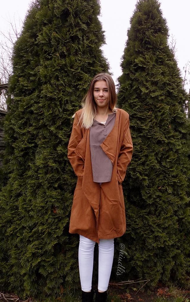 A coat perfect for cooler days, however, is not as warm