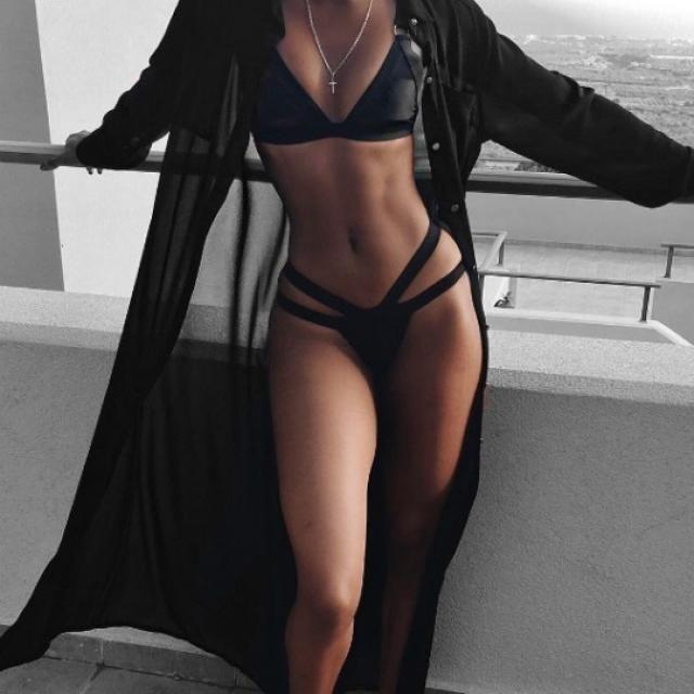 Sexy black bikini is perfect for a weekend getaway!