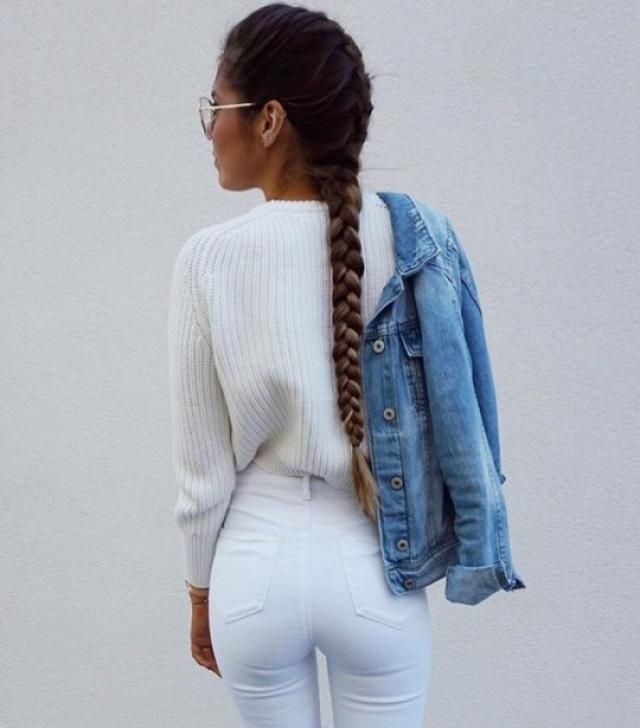 Stay warm and perfect at the same time with this beautiful outfit, a white sweater and a denim jacket♥