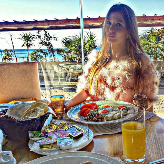 Breakfast time :) Enjoy :)