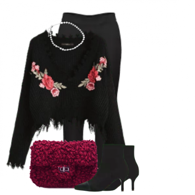 Fabulous knitted sweater with floralprint and chic black boots