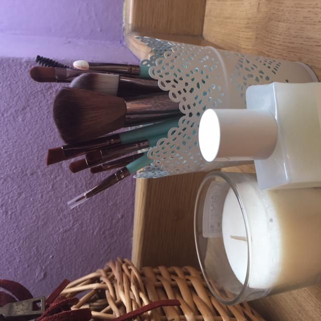 My nice brushes ready to use