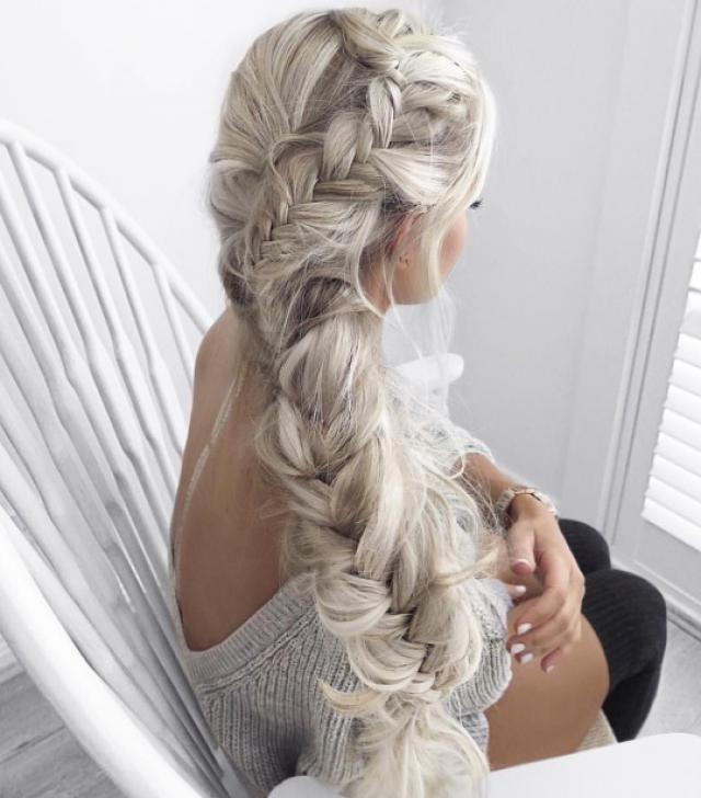 her hair, yas or nah?