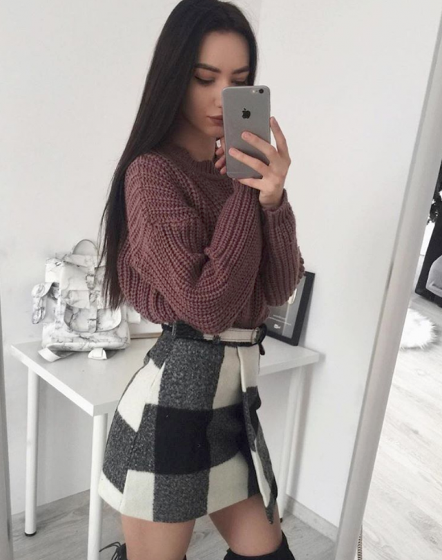 Skirt and sweater for winter 2018