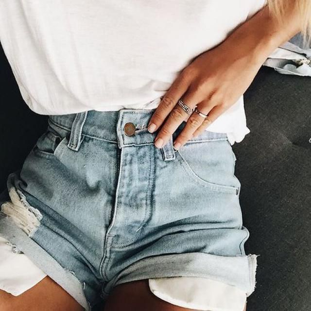 I love white top and blue shorts, how about you, yay or nay?