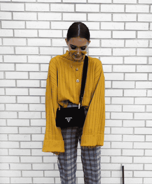 Yellow sweater and pants in Zaful`s fashion