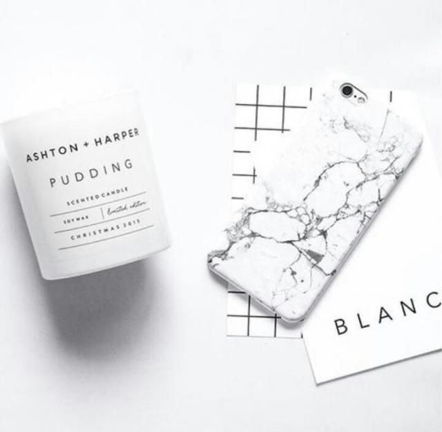 I am in love with this phone case, I love the marble print it is very sophisticated and minimalist!♥