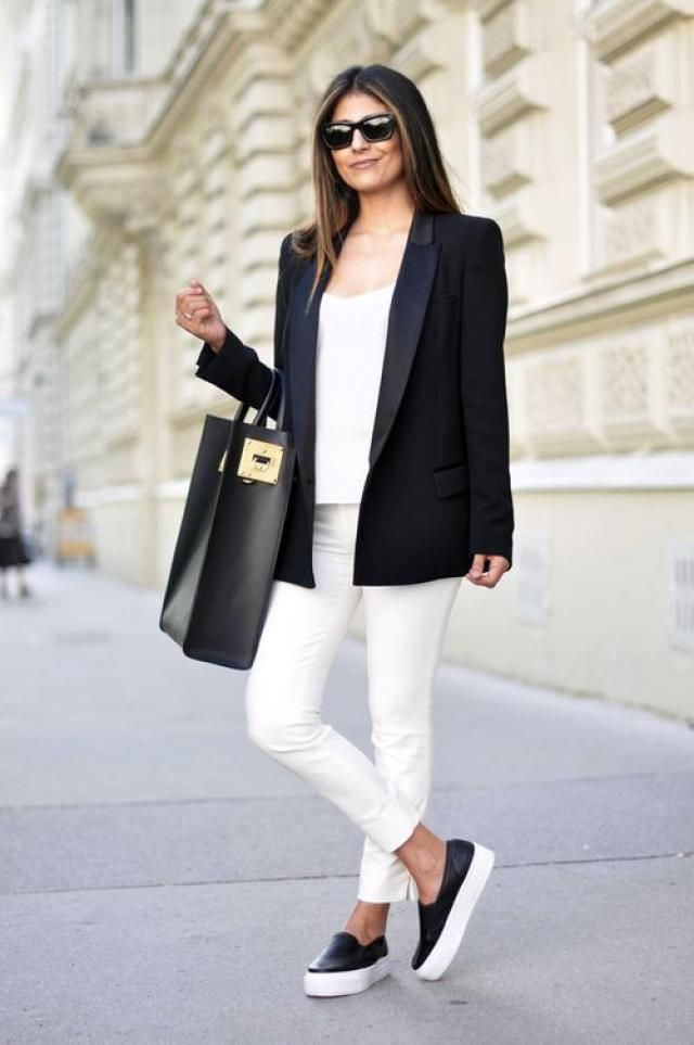 Blazer and sneakers!!