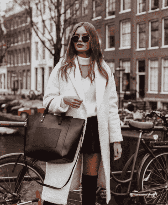 For simple stylish outfits, choose a white coat it make every outfit look classy