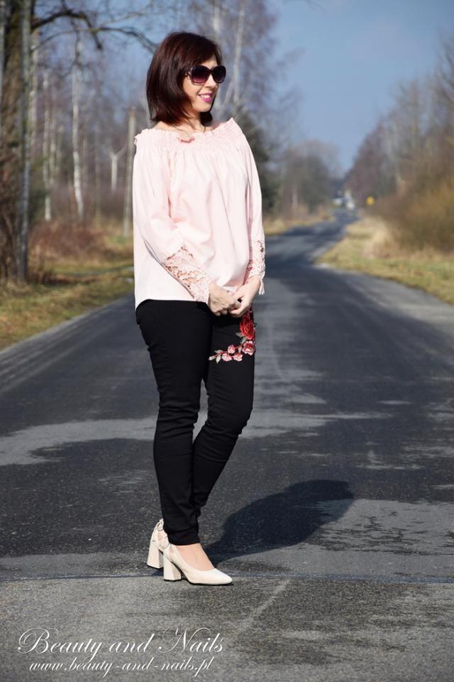 http://www.beauty-and-nails.pl/2018/02/zaful-czarne-dzinsy-i-rozowa-hiszpanka.html