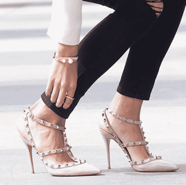 This is a really really gorgeous shoe.