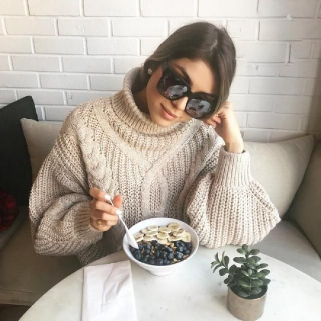 Get the same sweater and sunglasses as the youtuber and fashion blogger PAUTIPS!!!♥♥♥