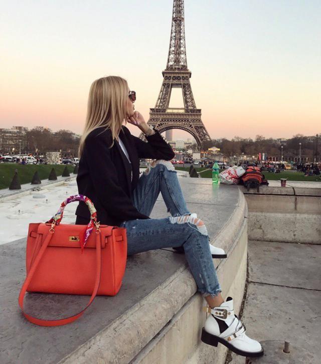 Beautiful Look For Paris