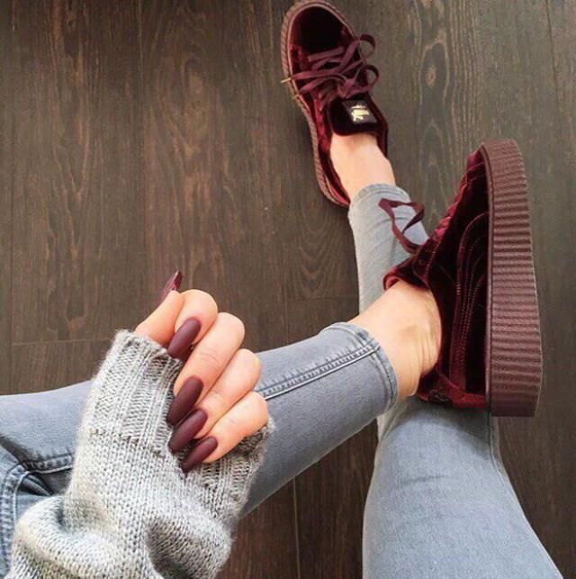 Sweater and Velvet Shoes