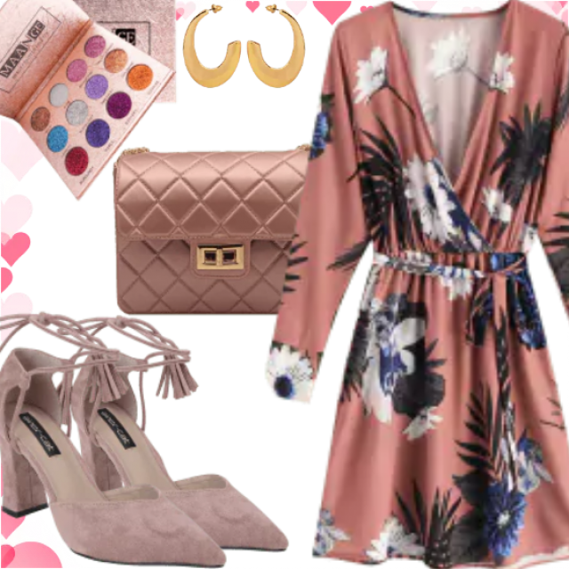 In the nude outfit. Everyone will liked this amazing stuff. Floral-print have adorable material and fabric c…