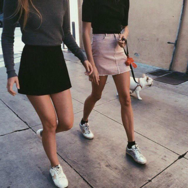 Denim skirts are perfect, but you know what is the best? THAT YOU CAN GET A PINK SKIRT!!! excellent prince for a great …