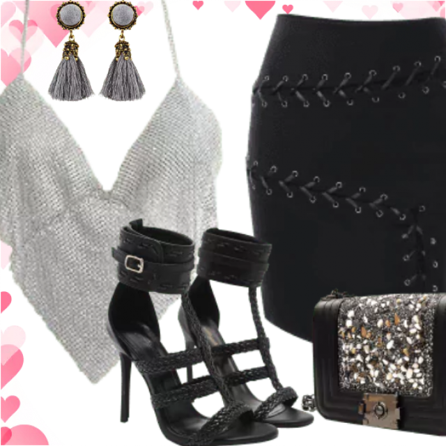 Ready for have a fun. So lovely body jewelry for girls who loves be noticed. With this combination black sk…