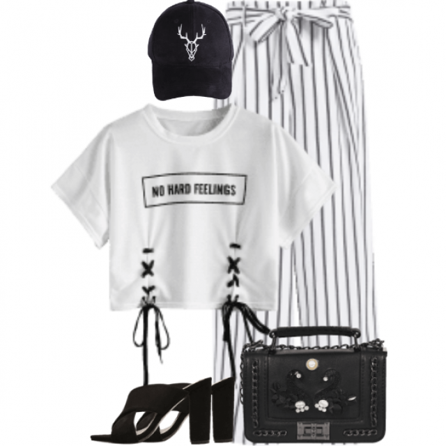 Beautiful black and white casual style