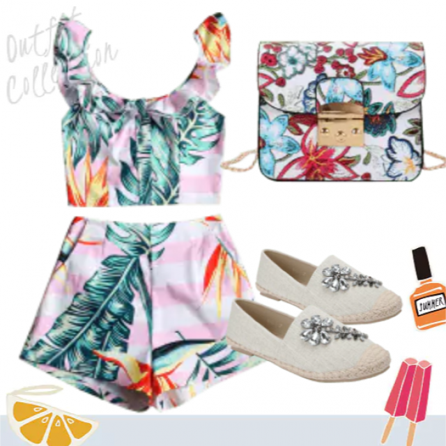 Best look for going on a summer trip