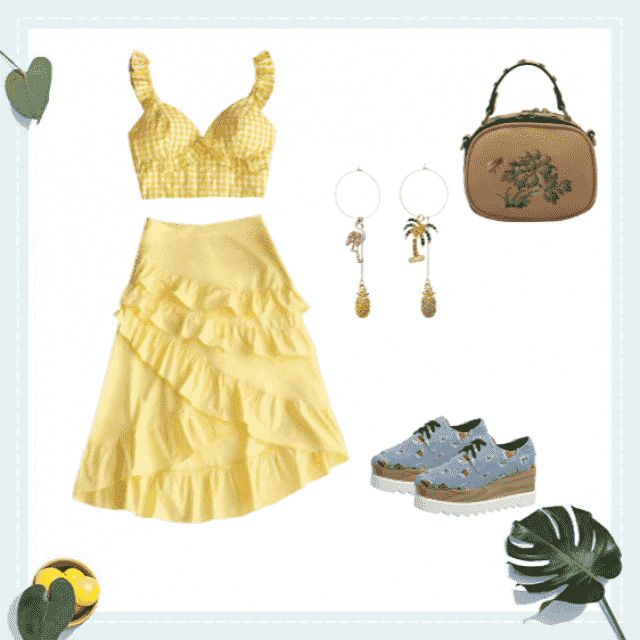 A retake on Queen Bey's Lemonade outfit, for those hot sunny days.