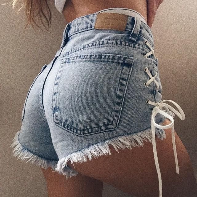 Hands down the most unique shorts I have EVER seen. I love this.