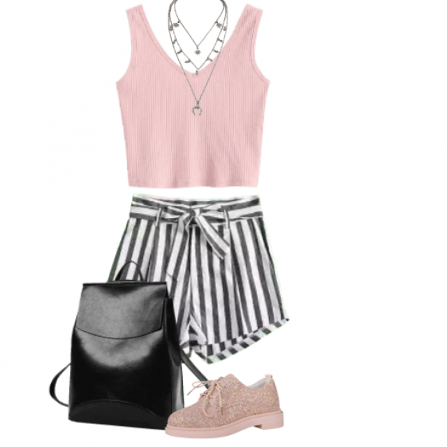 Beautiful sportive look with a striped shorts and pink top