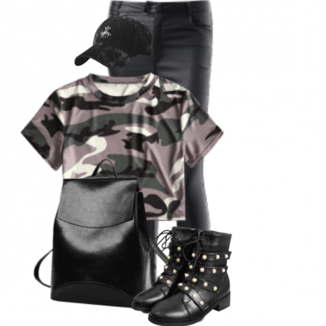 Gorgeous and cool outfit - perfect with the black boots