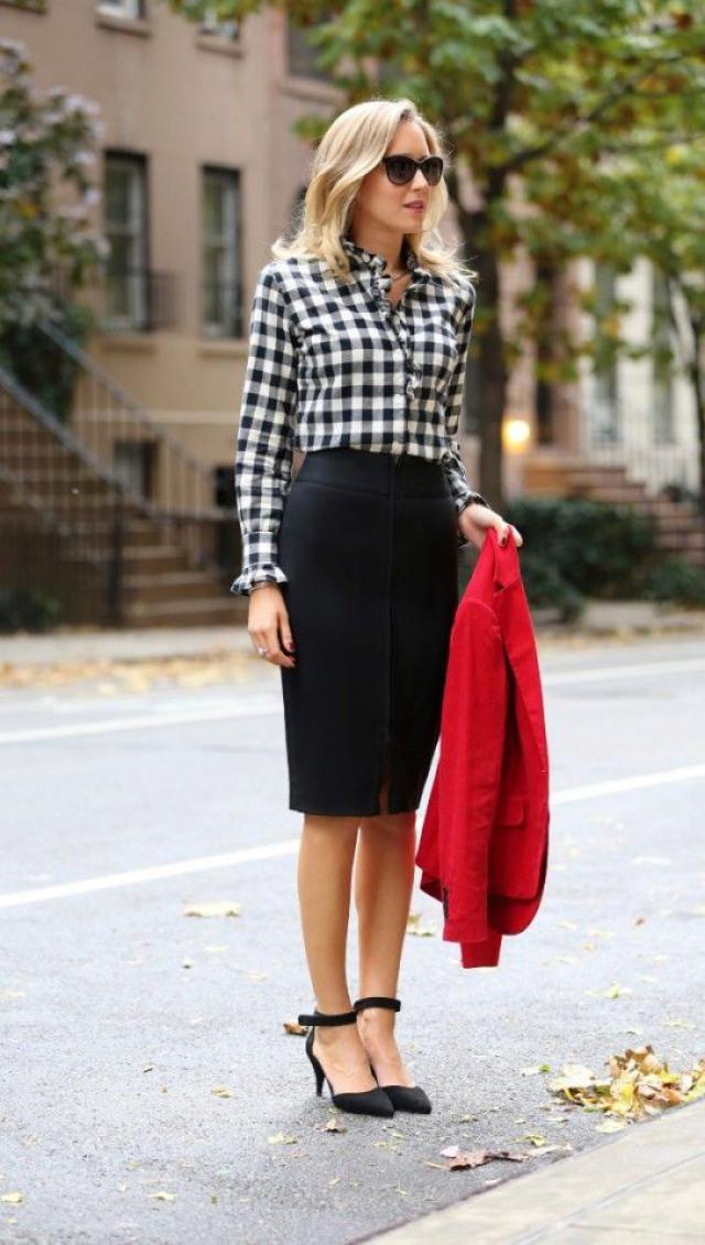 Oblique Button Midi Lace Slit Skirt....