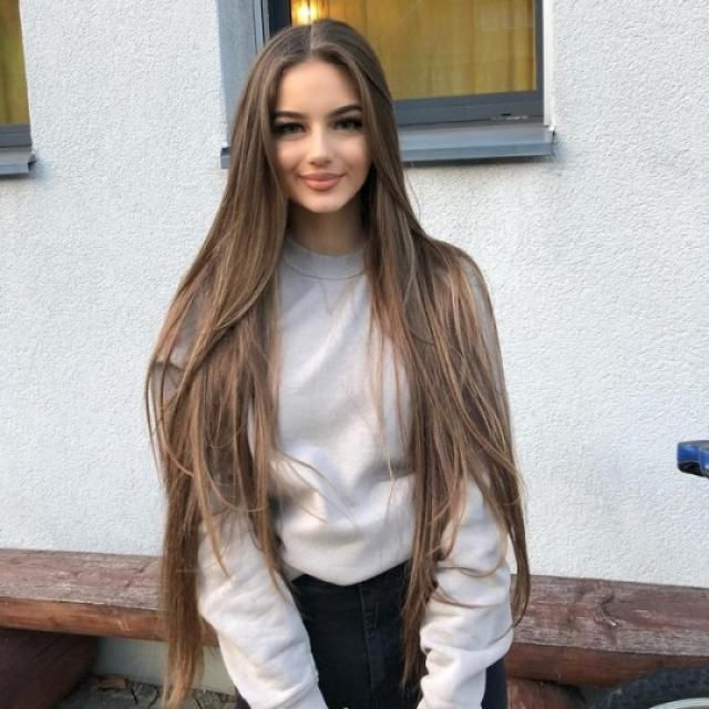 YAASS this gray sweatshirt it's so cool! perfect for a street style!!!♥♥♥