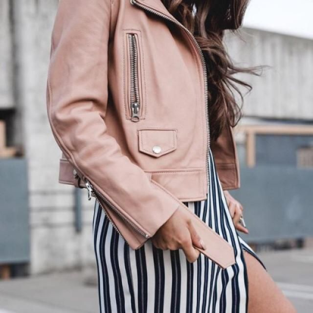 In love with this beautiful pink jacket!!!!
