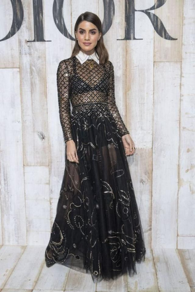 b080453c27d6b Lace material  black  lace  bralette  top  lingerie  underdress  ootd   romanticoutfit