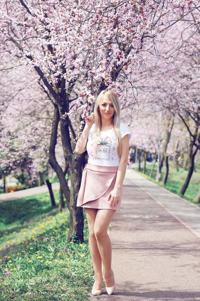 Love the skirt <3