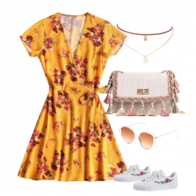 This beautiful mini dress for daily going out
