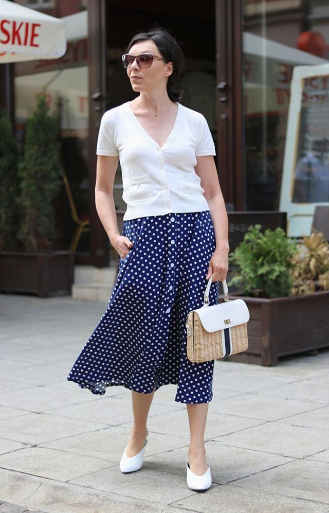 Fantastic polka dot skirt! Love it!