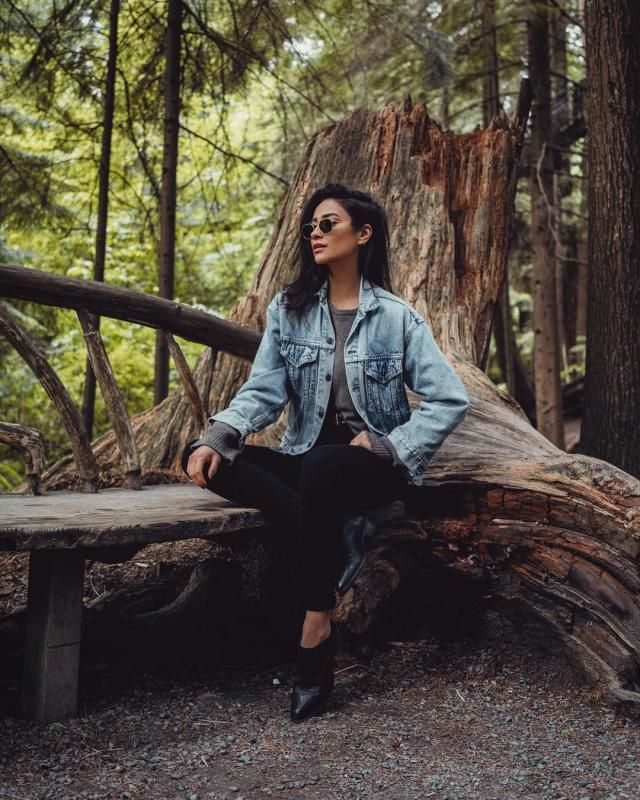 One of the things I love the most about Shay Mitchell it's her sense of style! Take a look how denim jacket lend a cas…