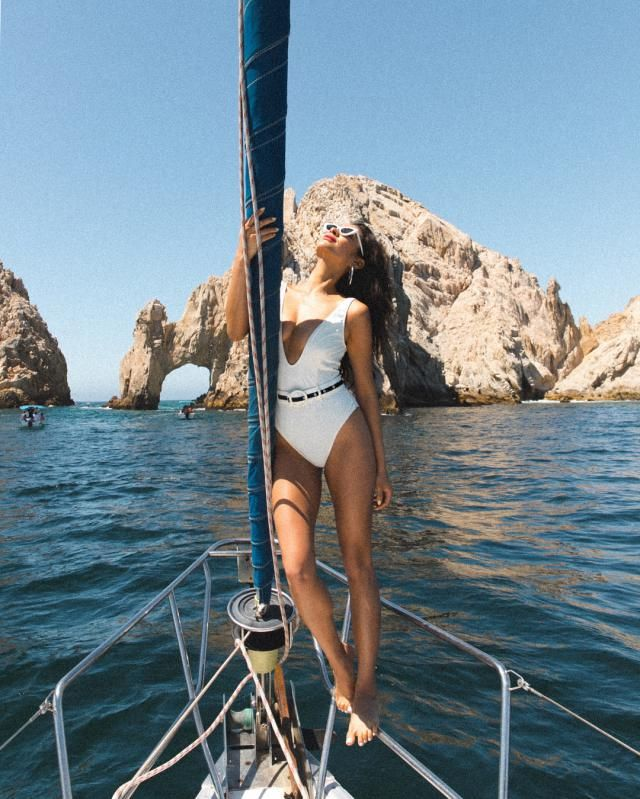 This craziest thing to wear to the beach to me is a white swimsuit but this look, its crazy not to want. I like this ca…
