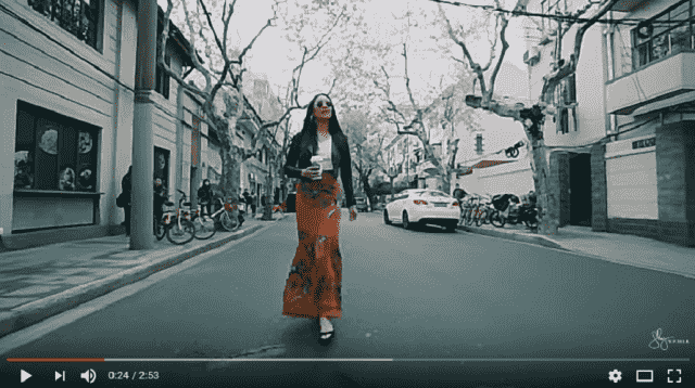 Here is an amazing Video with Shay Mitchell who presents Zaful Clothes in China. She looks adorable. P…