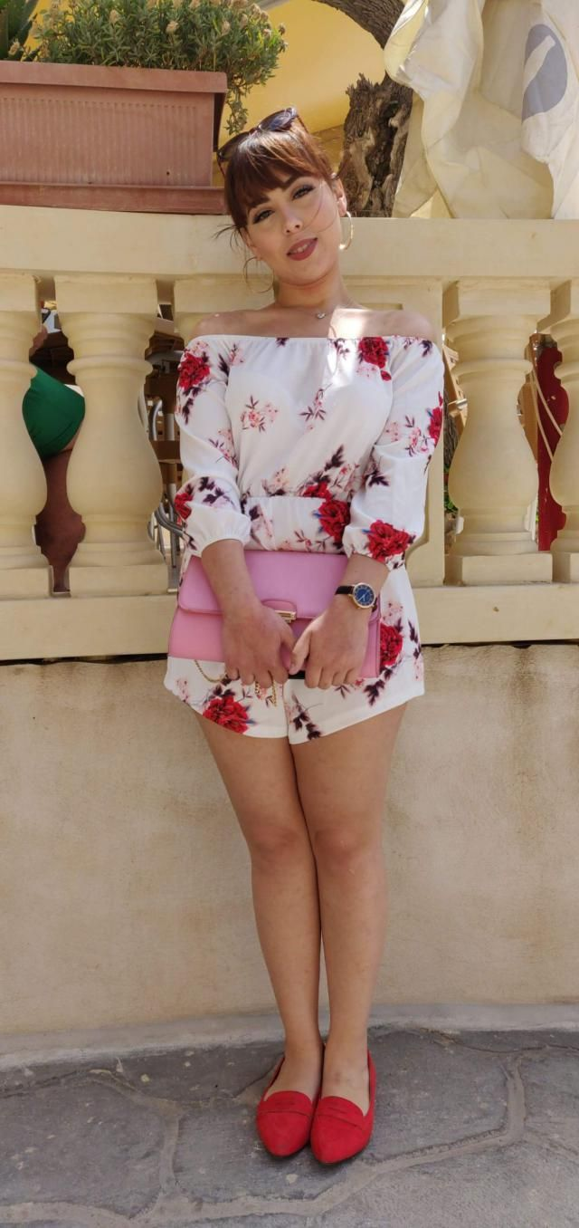 i was a bit skeptical at first considering its a romper but I am absolutely in loveeee. it is true to size and the mate…