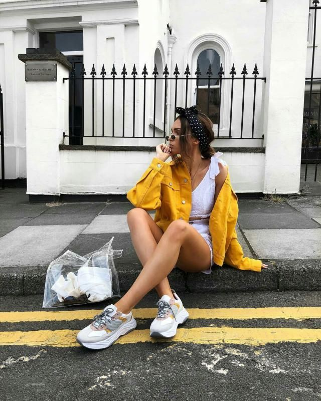 Make a statement with this beautiful yellow denim jacket, it's so cool