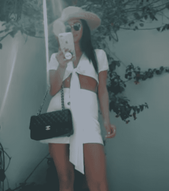 I love the two-piece looks and I found the same one wearing shay mitchell from Zaful