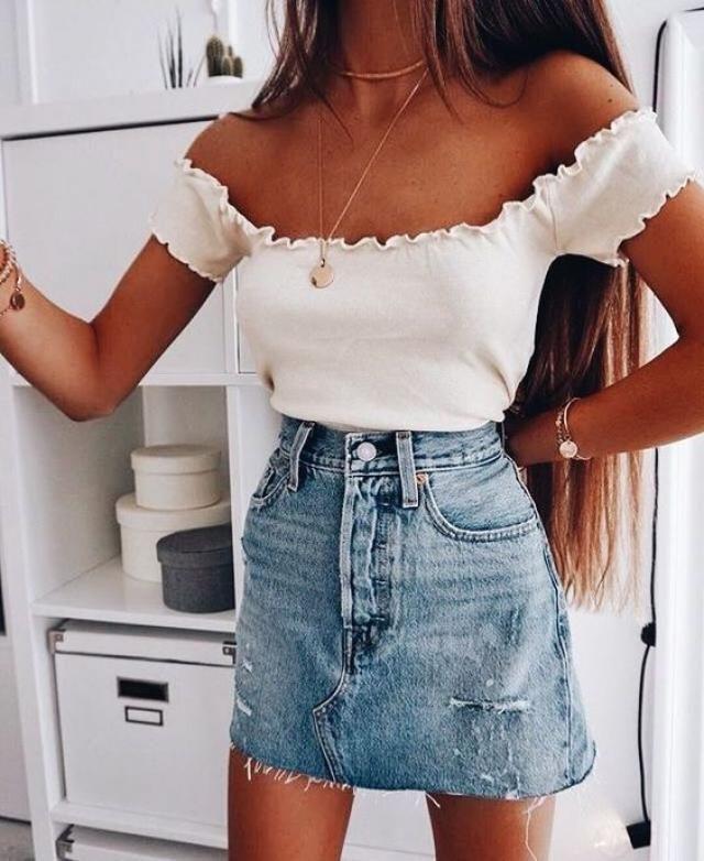 Mini skirt!!!