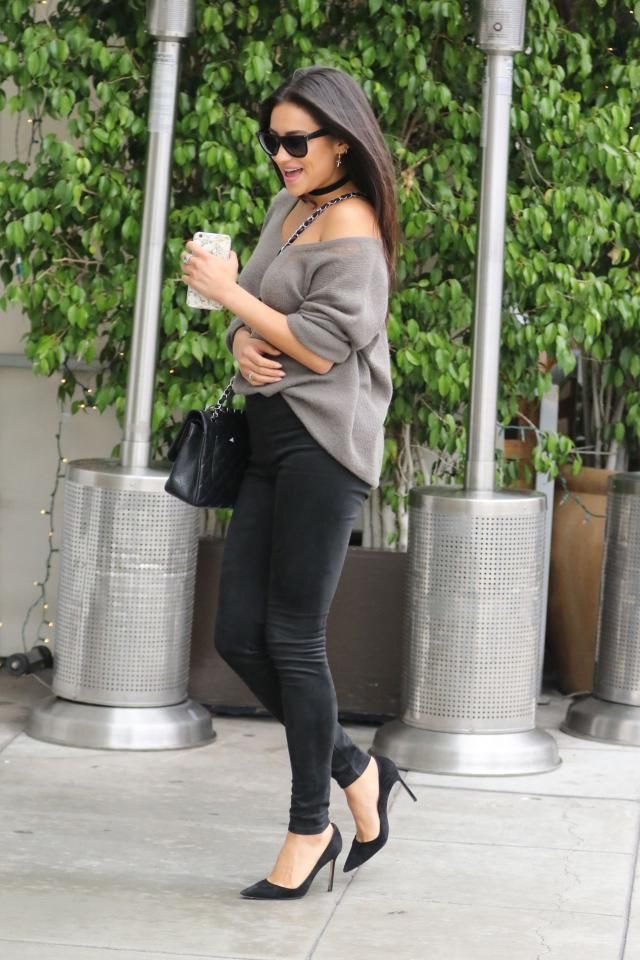Jeans Black Pants And  Sweater Gray