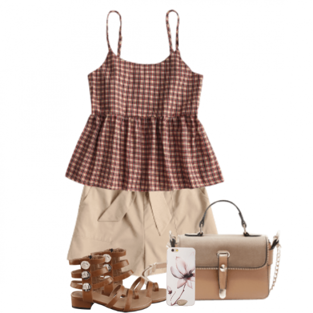 Beautiful and trendy summer outfit