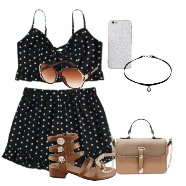 This casual two-piece set perfect summer look