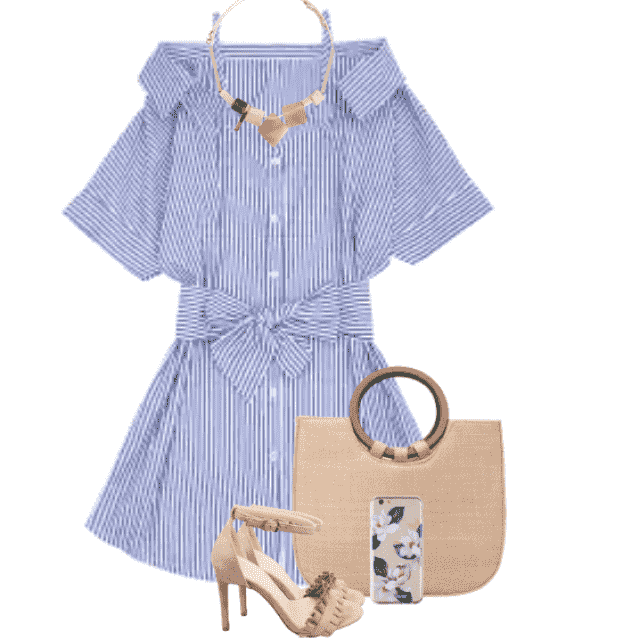 Trendy and lovely summerdress - in great combo with the sandals