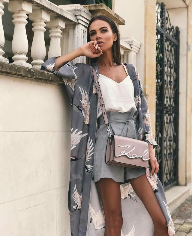 For an efforless chic soft look try this outfit, I think the kimono made it look better, what do you think?