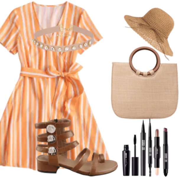 Great striped mini dress for summer look
