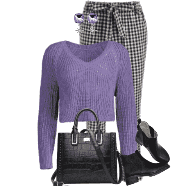 Gorgeous combo here with a checkered pants and a knitted sweater